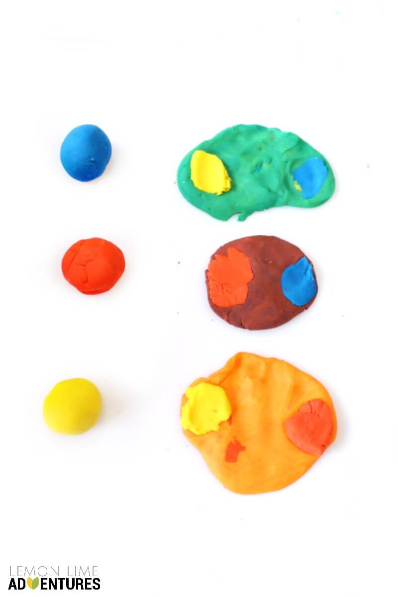 Color Mixing with Play Dough Activitiy