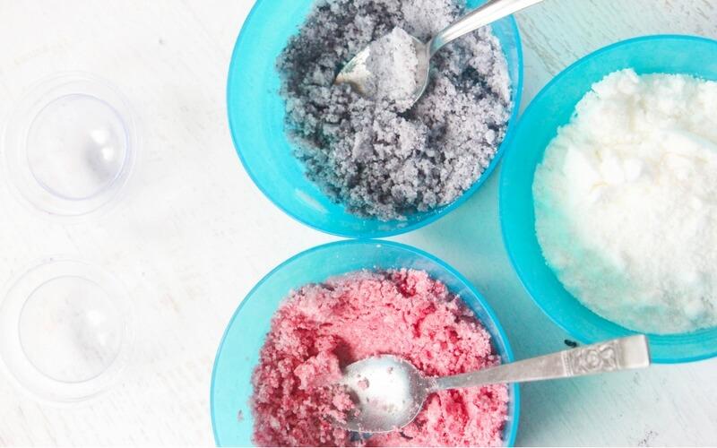 how to make homemade pokeball bath bombs (1)