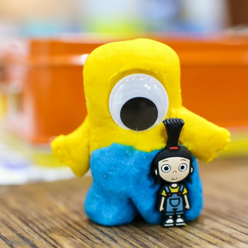 Minion Playdough Kit