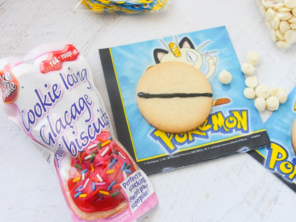 how to make pokemon sugar cookies (3)