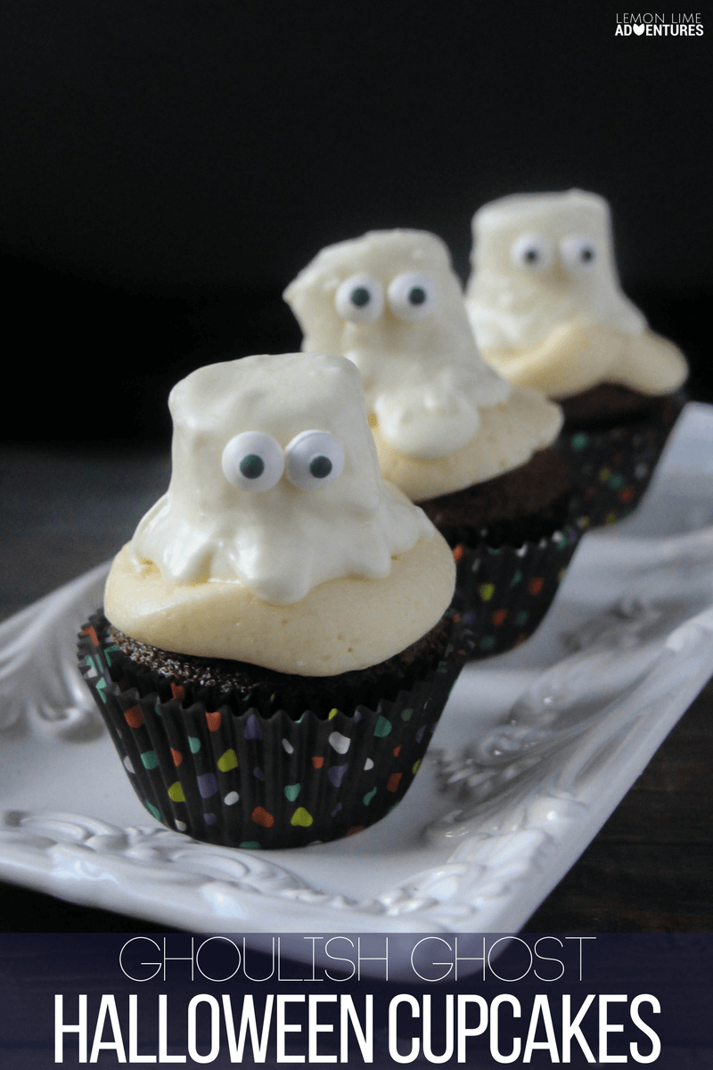 ghoulish-ghost-halloween-cupcakes-1