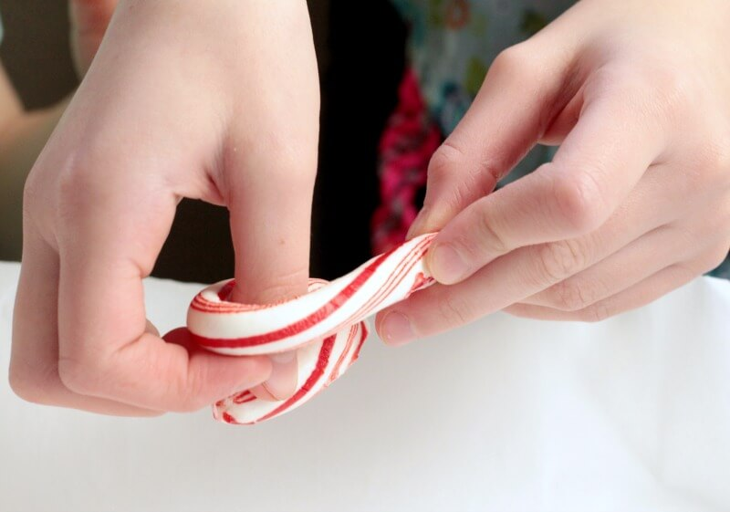 Magic Bending Candy Canes STEM Activity for Kids